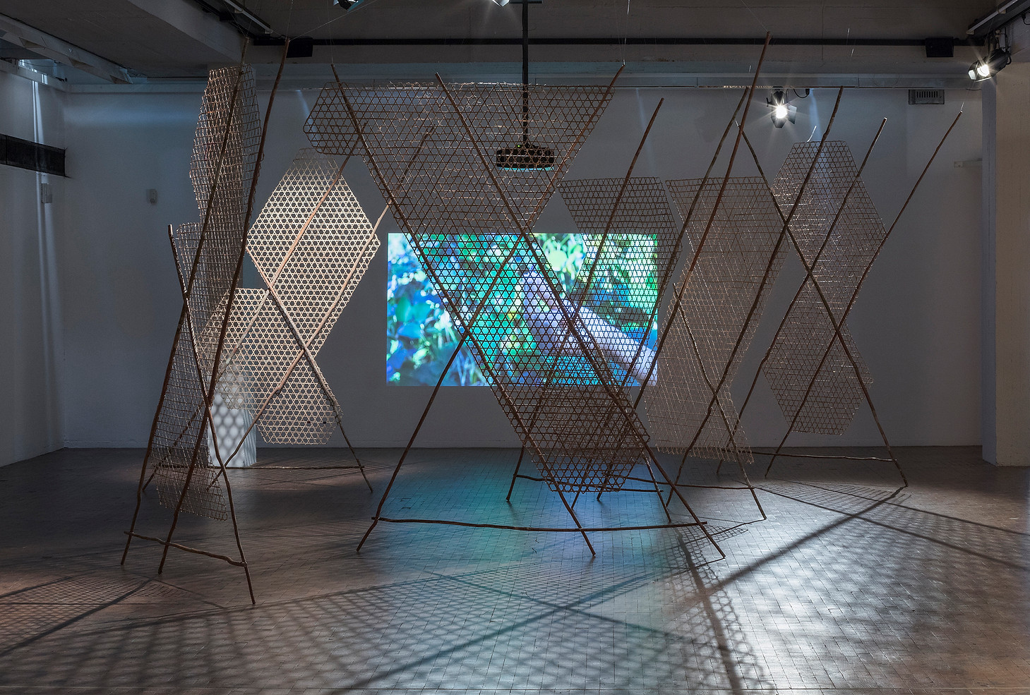toli toli, installation with video projection, X Berlin Biennale, We don't need another hero, Berlin, Germany, 2018. Projet realized thanks to the support of the Horizn Biennale prize. ©Tim Ohler