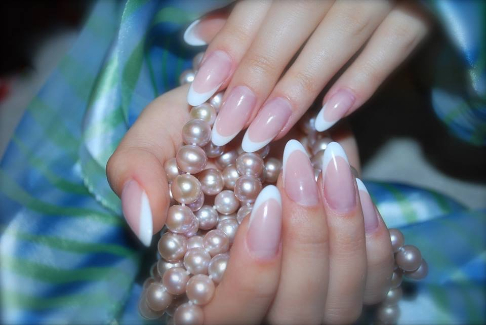 Acrylic French Nail Extension