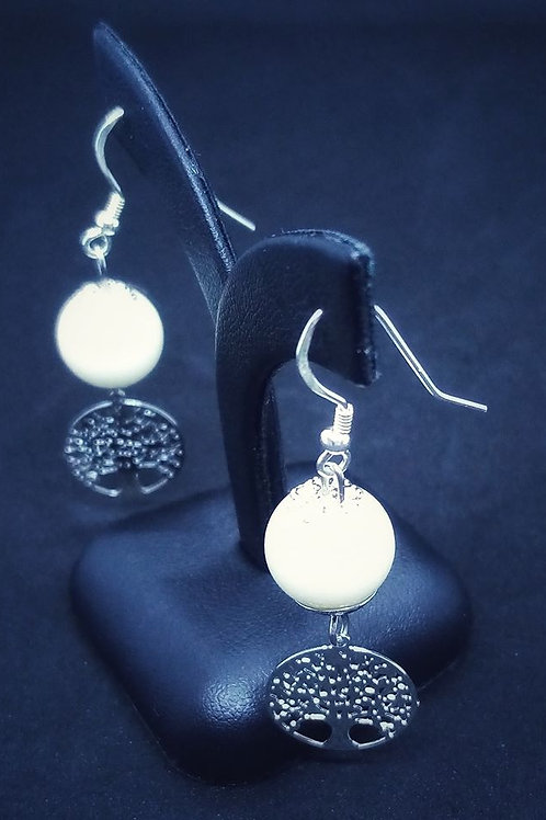 Boucle perle lactée et arbre de vie - argent 925