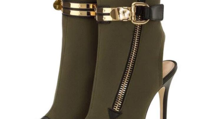 Ladies Boot's