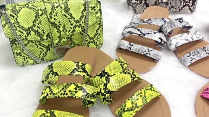 Women's flat shoes with matching purse set,