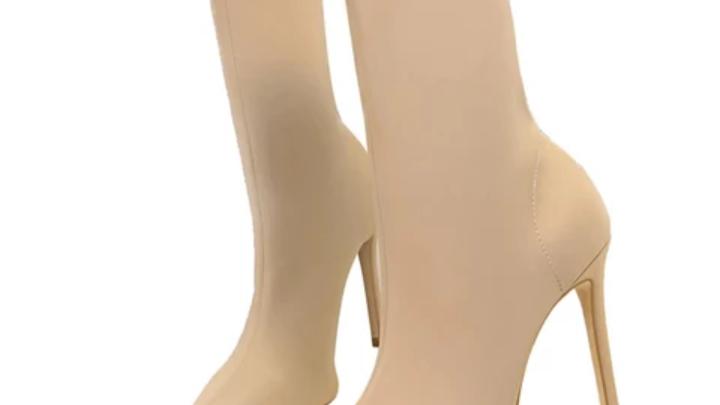 Women fashion elastic boots,