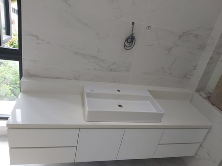 Quartz Vanity Top - SQuartz White Galaxy