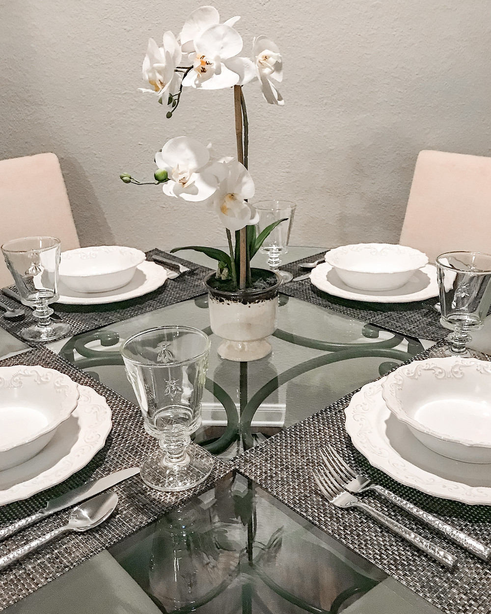 Fort Worth Texas World Market / Pier 1 Imports dining set