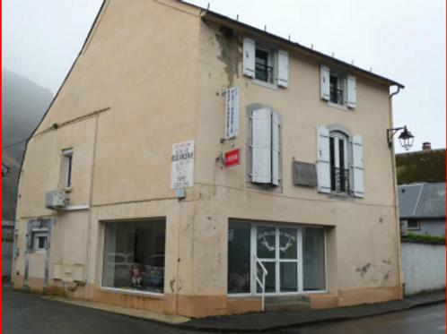 CAMPAN Maison T6 172 m² (65710)