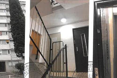 NIMES Appartement T4 73 m2 Balcon Parking (30900)