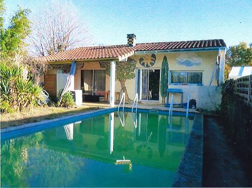 MONT DE MARSAN Deux maisons sur terrain de 642 m2 (40000)