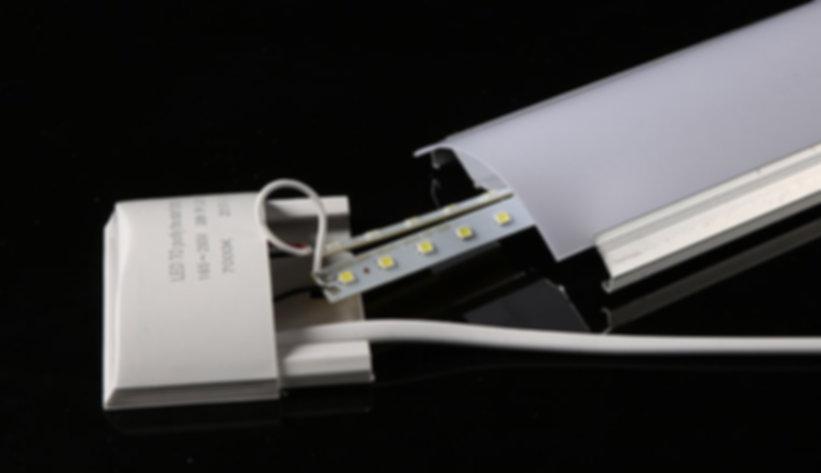led batten light 06-min.jpg