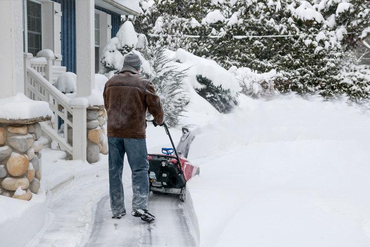 snow blower.jpeg