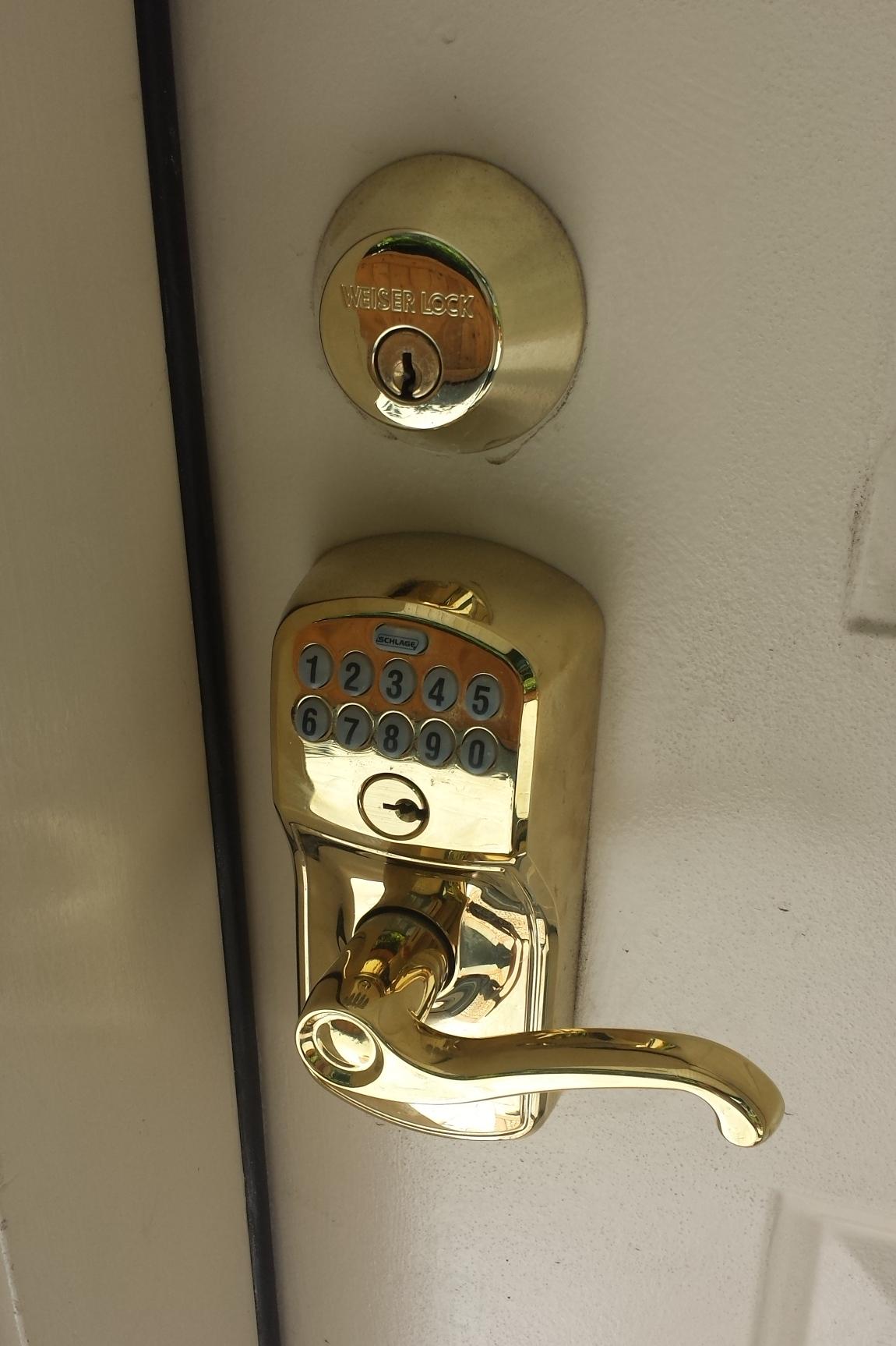Unit 204 - Entrance Lock