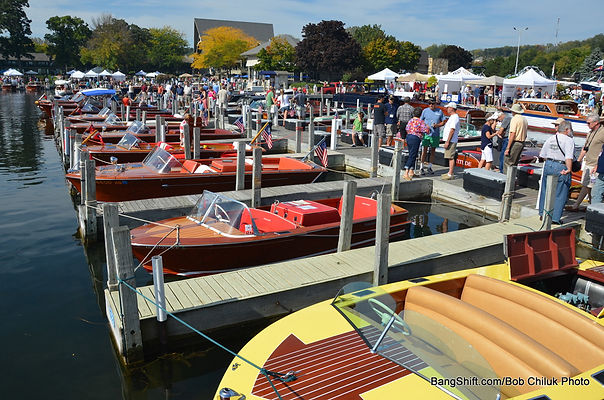 lake-geneva-boat-show-2014-chris-craft-0