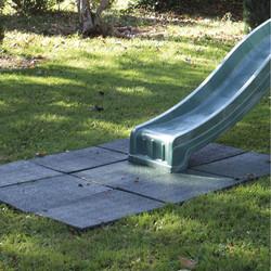 dalle-de-securite-en-caoutchouc-vert-50-x-50-cm
