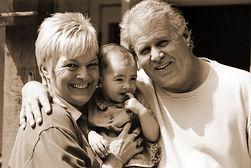 grandparents-1256161.jpg