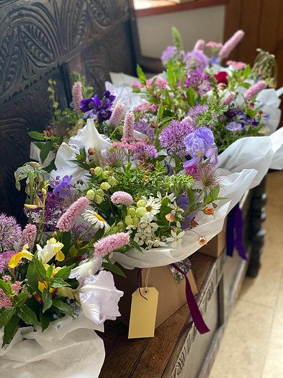 Signature Boxed Bouquet LARGE