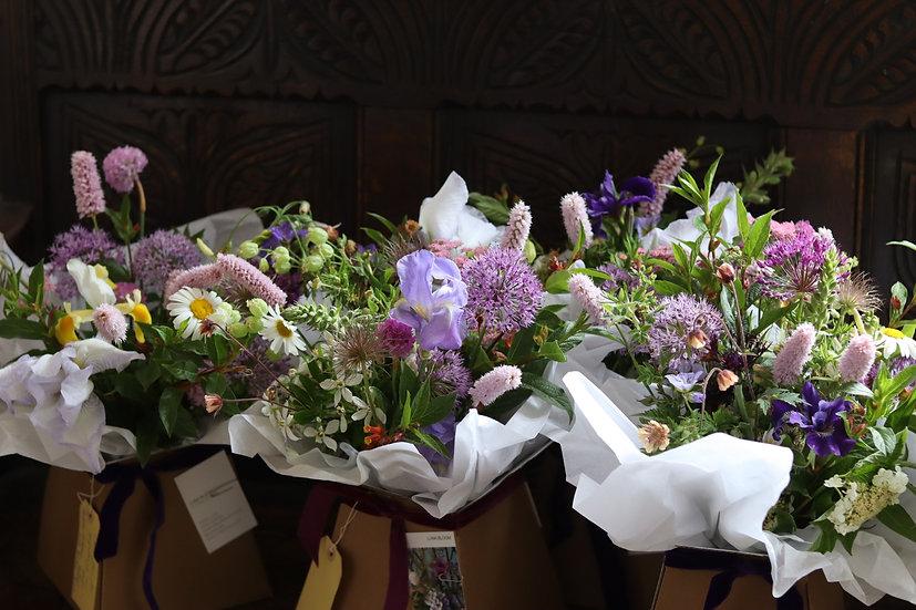 Signature Boxed Bouquet MEDIUM