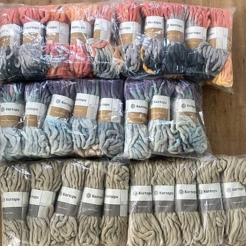 Aanbieding! 28 Bollen Wool Decor