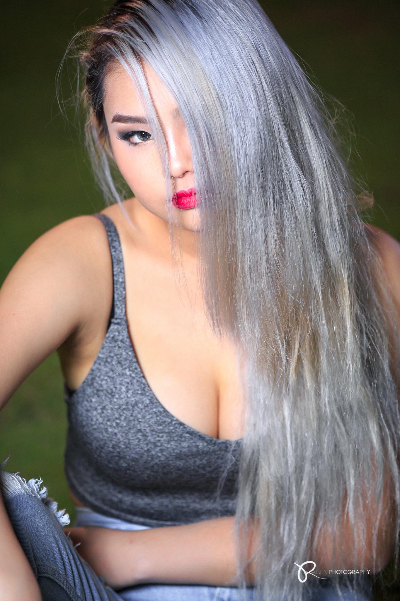Janelle-3.jpg