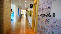 유치원 2층 복도