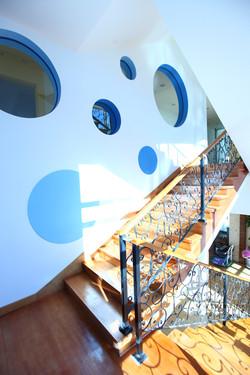 힘스유치원 1층~2층 계단