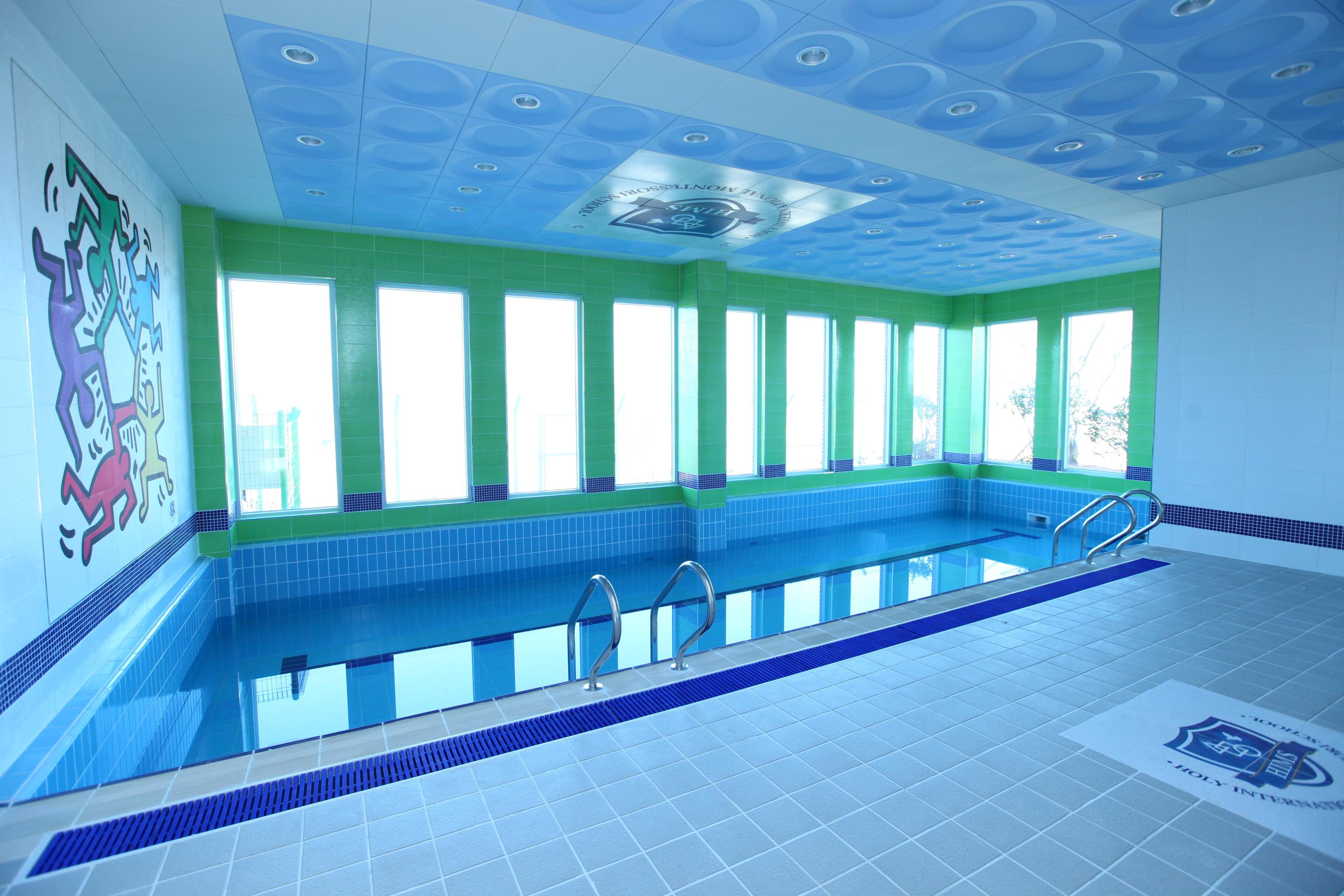 힘스국제학교 1층 수영장