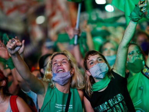 Historique : l'Argentine autorise enfin l'avortement