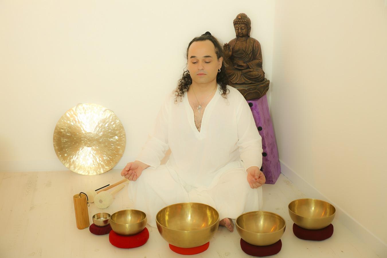 Swann, Sound Healer