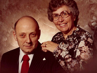 Ross and Dee Johnson donate $15,000 to name rooms in new BMH in tribute of parents and physician