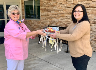 Auxiliary donates homemade face masks to hospital employees for COVID-19
