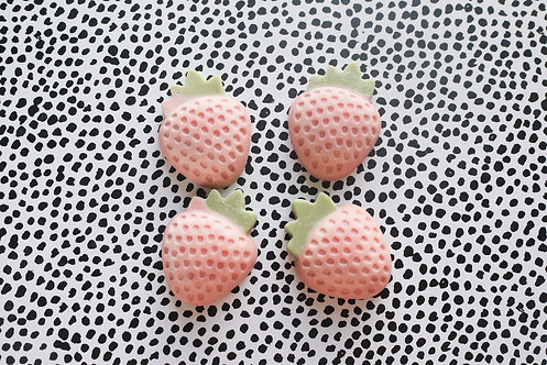 Strawberries - Pack of 4 Soy Wax Melts - Vegan Friendly