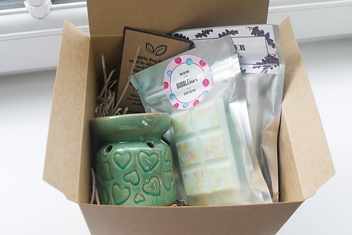 Teal -Mini Hearts Ceramic Wax / Oil Burner + 2 Melts (of your choice) - Gift Set