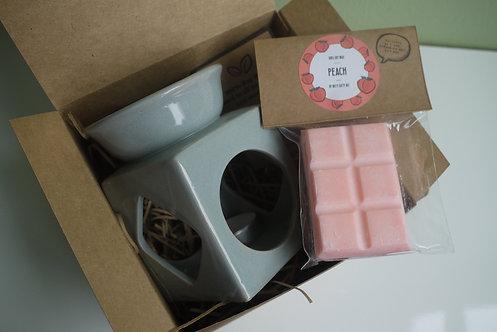 Grey - Large Cube Ceramic Wax Burner + 1 Melt (of your choice) Gift Set