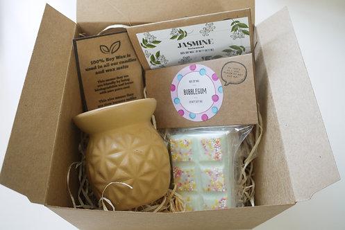 Yellow Mini Pineapple Ceramic Wax Burner + 2 Melts (of your choice) - Gift Set