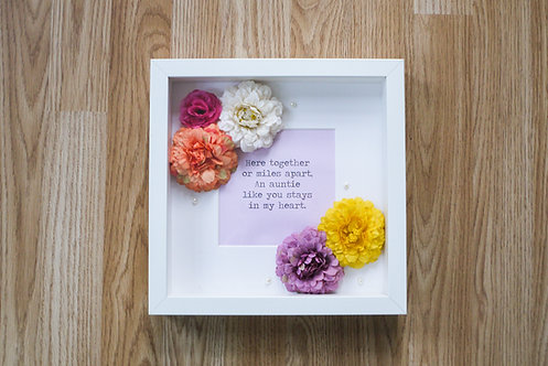 Custom Frame (Flowers) - Auntie / Family / Birthday / Special Occasions