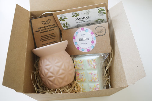 Pink Mini Pineapple Ceramic Wax Burner + 2 Melts (of your choice) - Gift Set