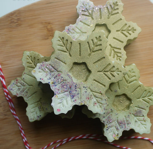 Large Snowflake Wax melt - Holly & Ivy Scented - Christmas