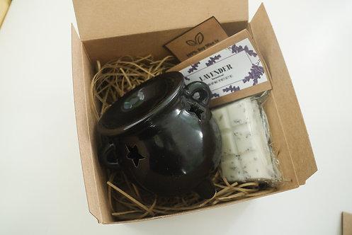 Large - Black Witch's Cauldron Ceramic  + 1 Melt (of your choice) Gift Set