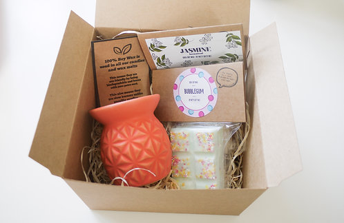 Orange Mini Pineapple Ceramic Wax Burner + 2 Melts (of your choice) - Gift Set