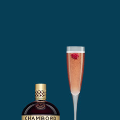 It is not just the prosecco that pops this evening. Just add Chambord and behold the beauty of the Bonfire night.