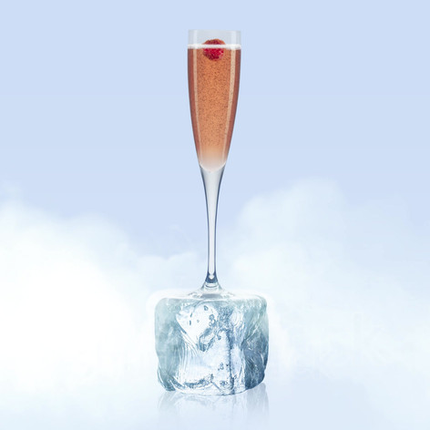 Bonjour cocktail lovers. It is the season to make your glass shiver, so Zhuzh it up with a Chambord Royale. Trés bon.
