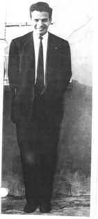 Un muy joven Salvador Rivera