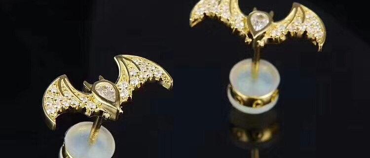 APM Earrings 18K Pt950