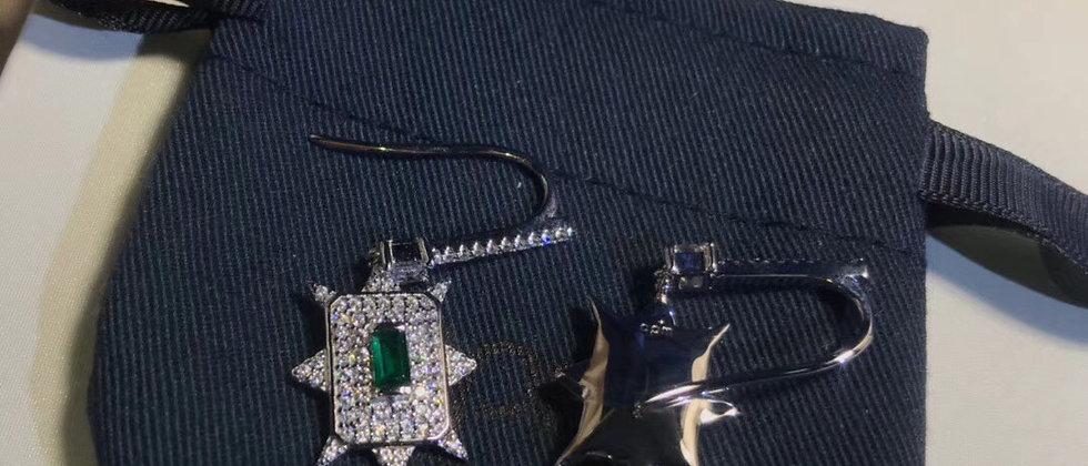 APM Earrings Crystal Pt925