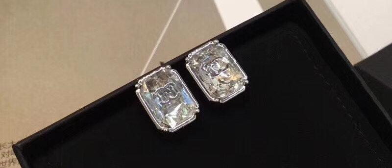 CHANEL Earrings Crystal 18K