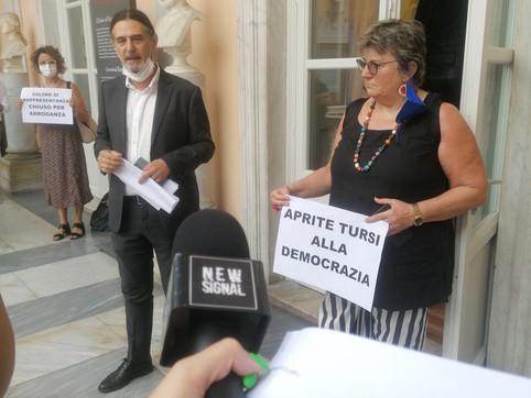 """""""Aprite Tursi alla democrazia"""", stamattina consiglio comunale della minoranza"""