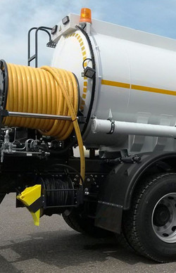 CDC Draincare fully equipped and ready with this high-pressure water tanker jetting Kit.