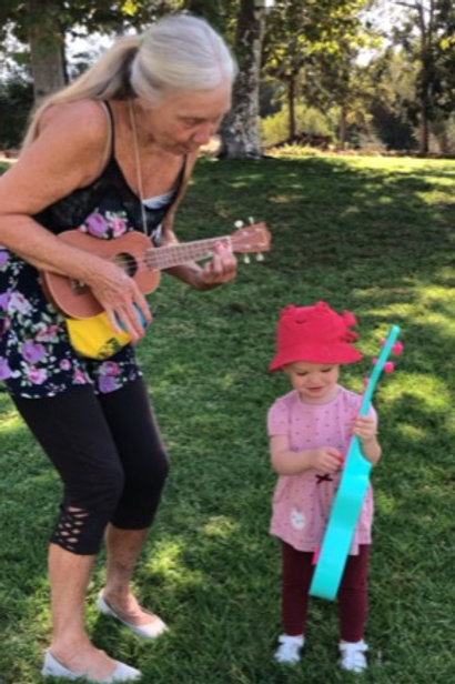 Walkin on The Grass! (4 Outdoor Music Classes at your Location &  Instrument!