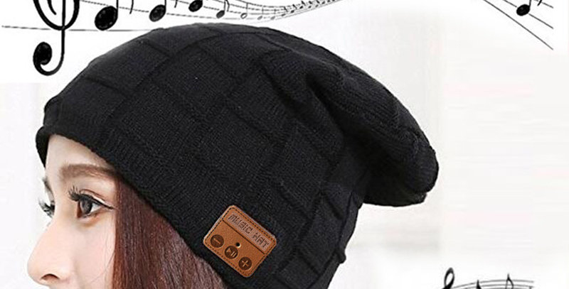 Bluetooth Headphone Beanie Hat with Caller Microphone