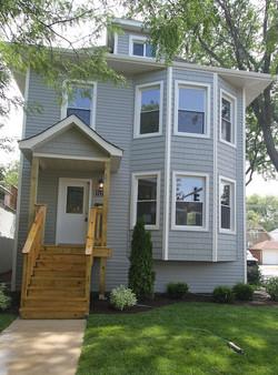5171 W Montrose, Chicago