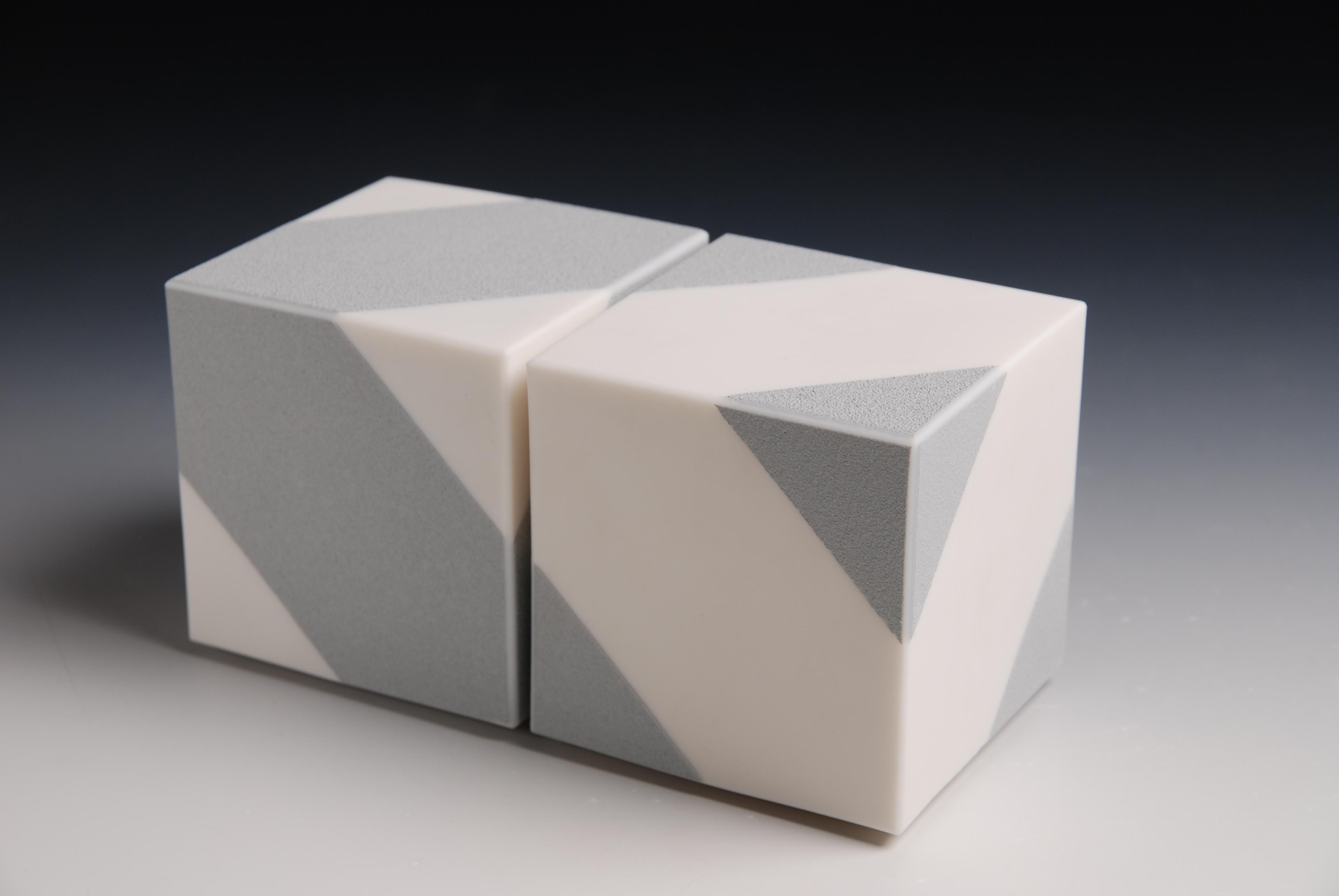 1-204 Cube Series, 2018 porselein h8cm