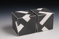 1-29 Cube Series, 2018, porselein-plexig